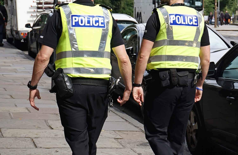 Полиция великобритании умалчивает о м