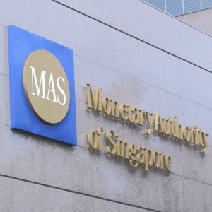 central bank of singapore sees no reason to regulate cryptocurrencies 300x300 - Central Bank of Singapore Sees No Reason to Regulate Cryptocurrencies
