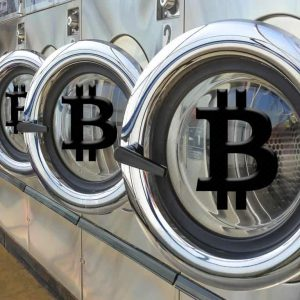 some of bitcoins earliest adopters find it difficult to cash out 300x300 - Some of Bitcoin's Earliest Adopters Find it Difficult to 'Cash Out'