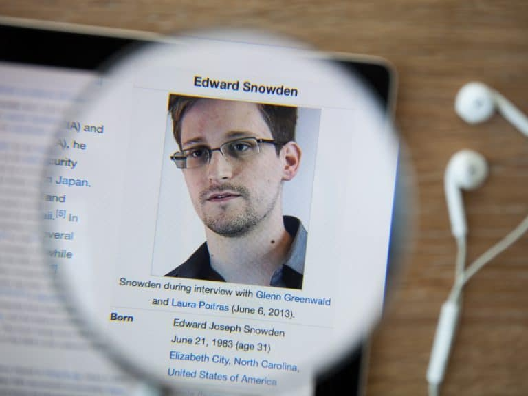 Side Effects of Economic Growth Is Snowden Right to Say - Side Effects of Economic Growth: Is Snowden Right to Say Bitcoiners Shouldn't Be Bankers?